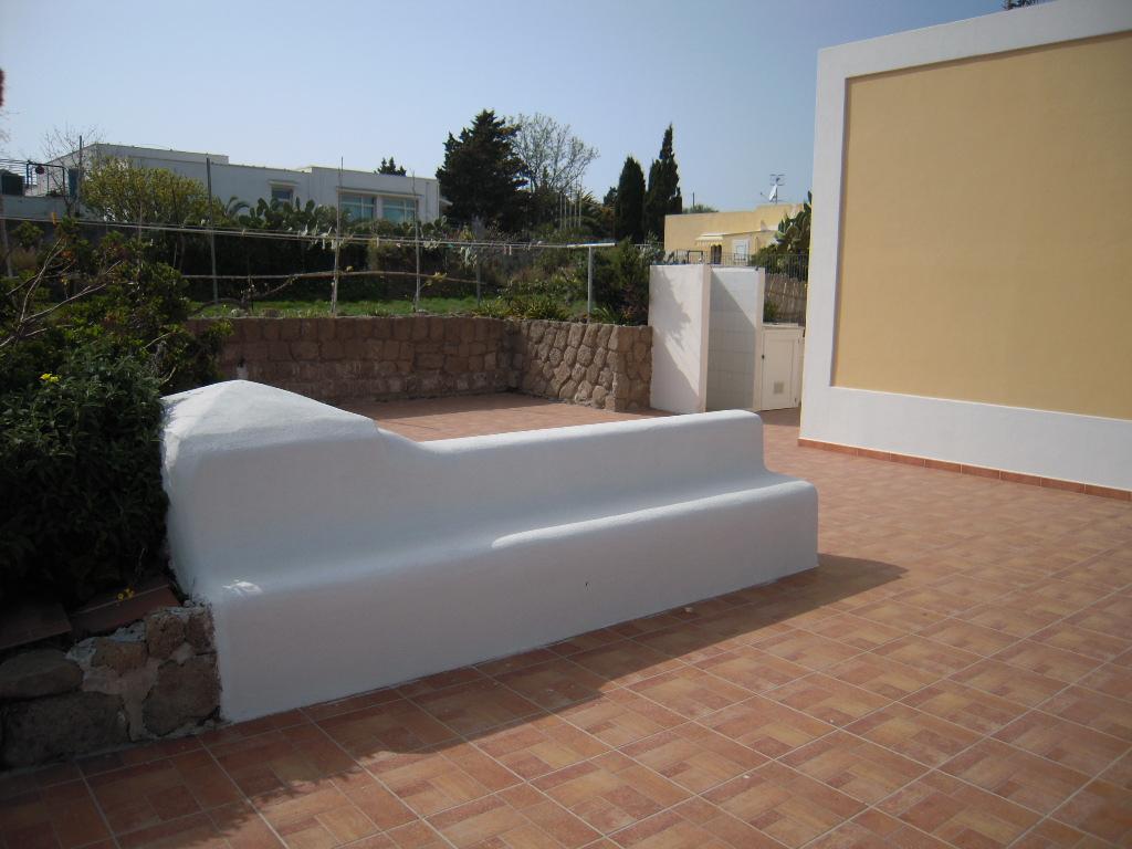 Agenzia immobiliare Mareluna - Affitti Ventotene - Isola ...